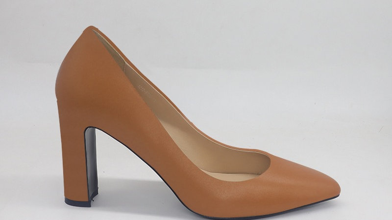 Cappuccino Genuine Leather Block 4in heels