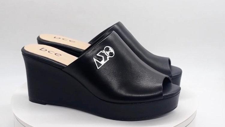 ΔΣΘ Black Genuine Leather Wedges (Size 12)