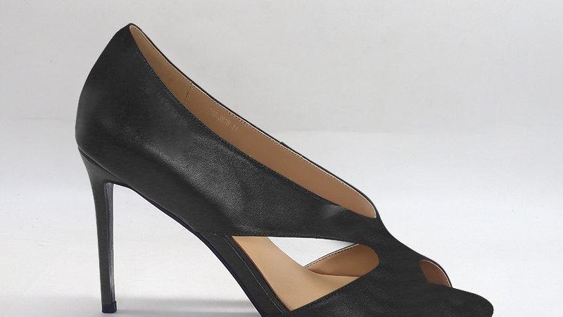 Black Genuine Leather 4in heels