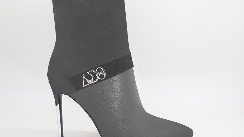 ΔΣΘ Gray Suede/Genuine Leather 4in Boots