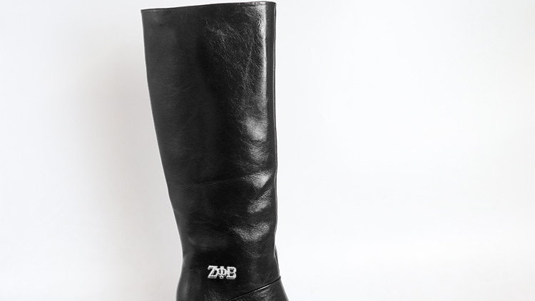 ΖΦΒ Black Genuine  Leather 4in Boots  with silver buckle