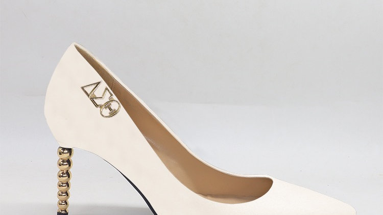 ΔΣΘ Cream Genuine leather heels with gold  buckle