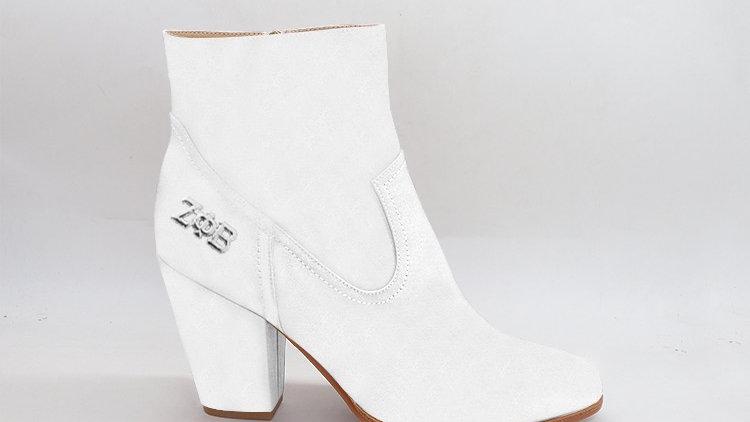 ΖΦΒ White Genuine Leather Boots with silver buckle