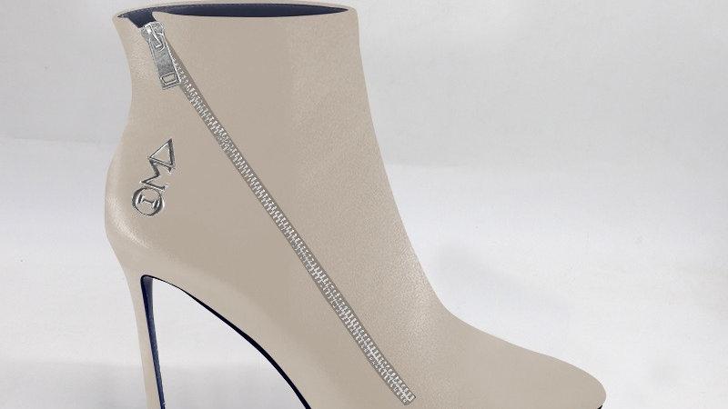 ΔΣΘ Light Gray Genuine Leather 4in Boots w/ silver embedded buckle