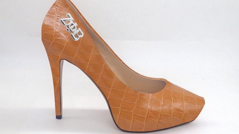 ΖΦΒ Croco Pattern Cappuccino Genuine Leather Platform 4in Heel w/ Silver buckle