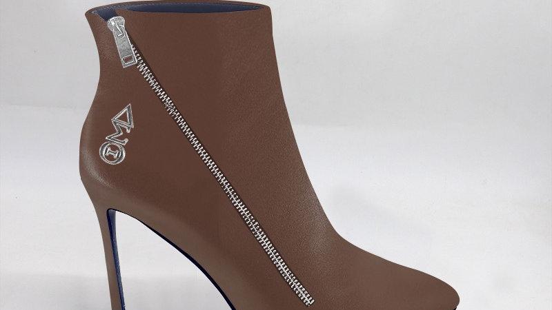 ΔΣΘ Mocha Genuine Leather 4in Boots w/ silver embedded buckle
