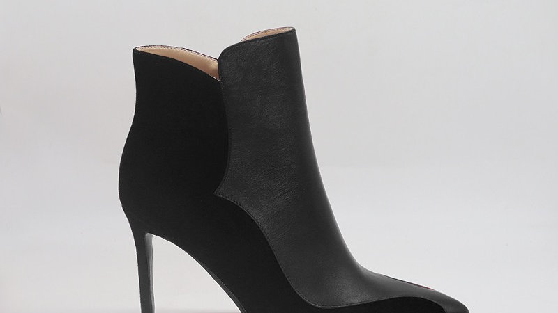 Black Genuine Leather/Suede Leather 4in boots w/ silver  embedde buckle