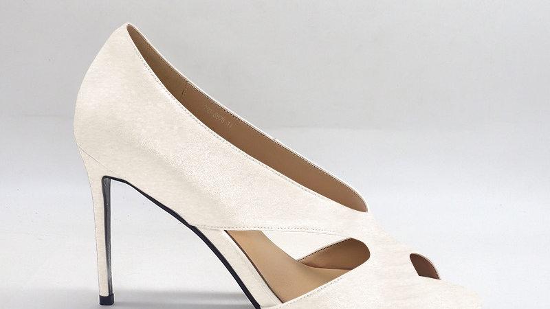 Cream Genuine Leather 4in heels