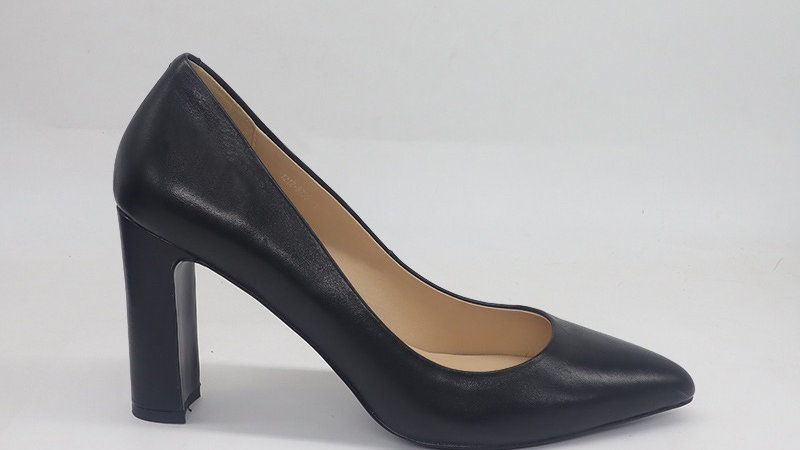 Black Genuine Leather Block 4in heels