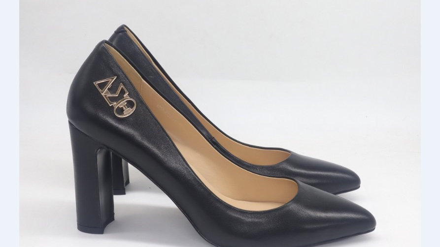 ΔΣΘ Genuine Leather Block 4in heels with gold buckle