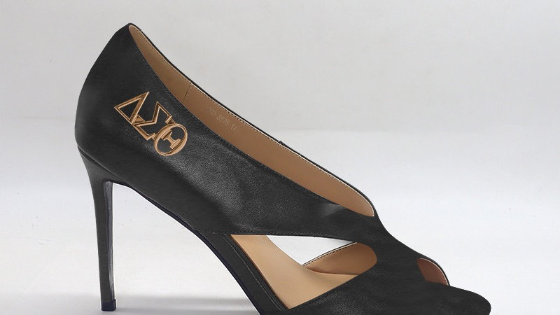 ΔΣΘ Black Genuine Leather 4in heels  with gold buckle