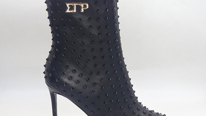 ΣΓΡ Black Genuine Leather Spiked 4in Boots w/gold embedded buckle