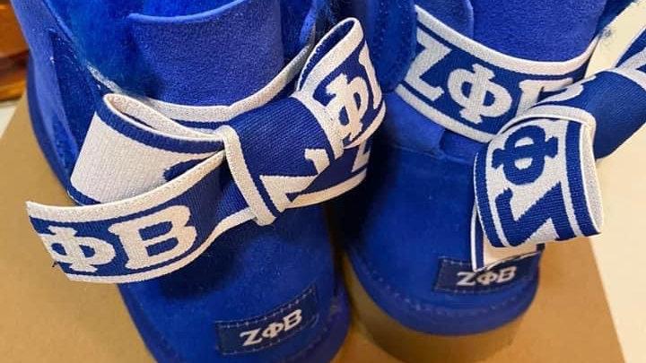 ΖΦΒ  Short Sheep Wool Boots w/ 1 ribbon  SHIPS NOVEMBER 10th