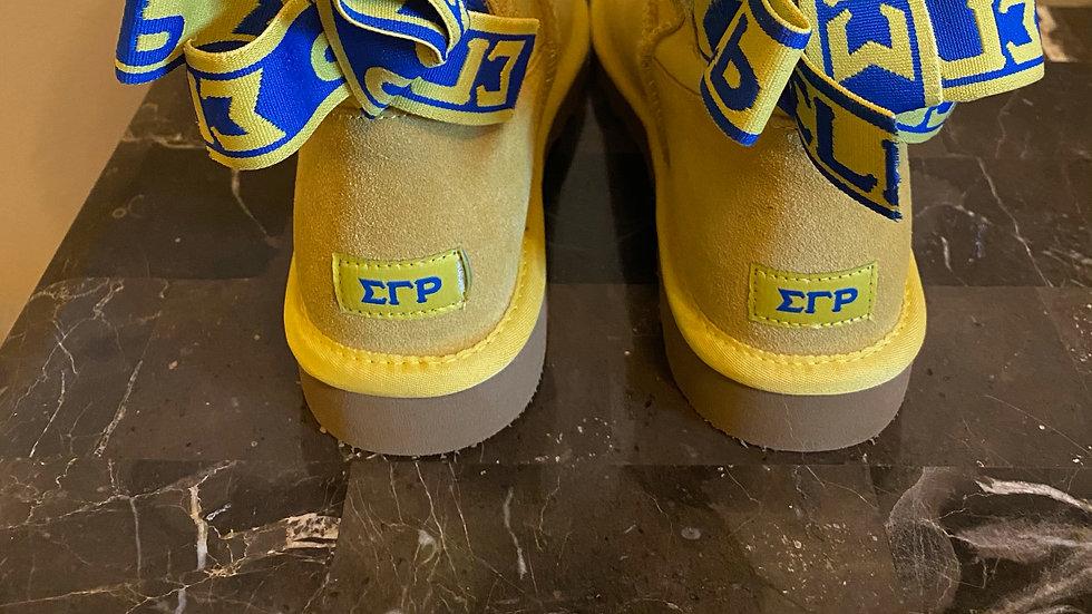 ΣΓΡ Sheep Boots w/ 1 ribbon SHIPS IN 45 DAYS