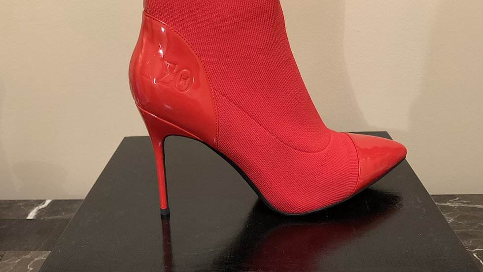 DST Patent leather/knit boots size 11- 4in heels