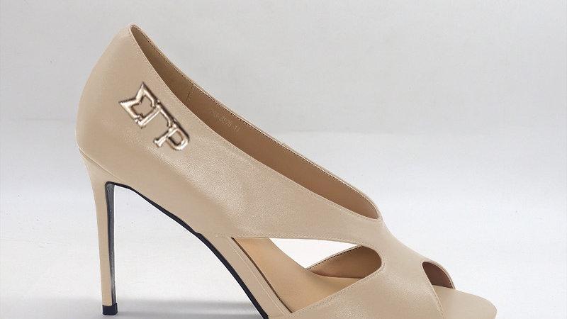 ΣΓΡ Beige Genuine Leather 4in heels with gold embedded buckle