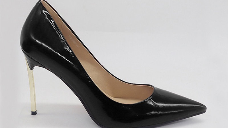 Black Patent Leather with Gold 4 in heels