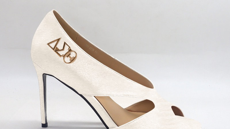 ΔΣΘ Cream Genuine Leather 4in heels