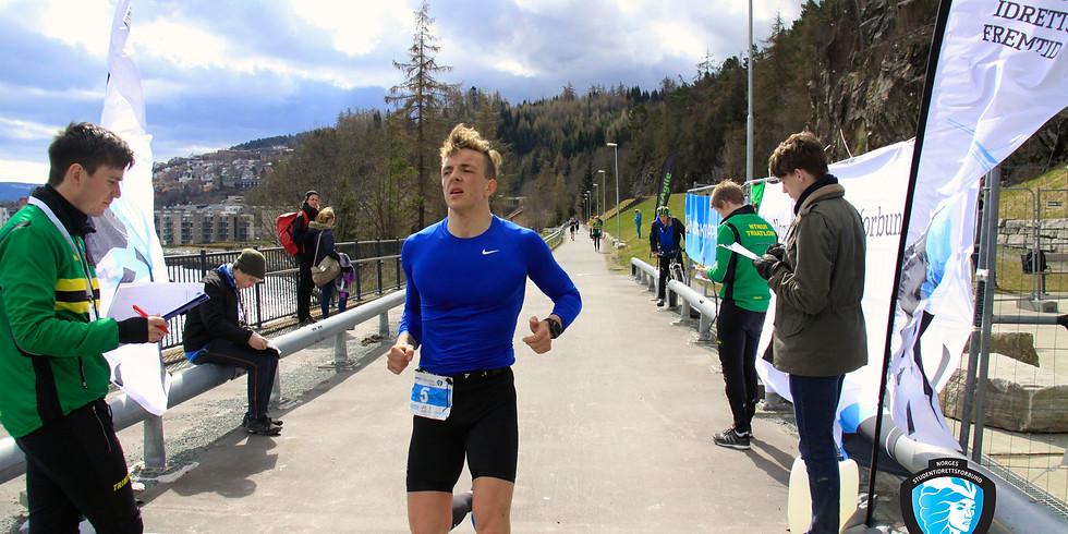 Student-NM i triatlon