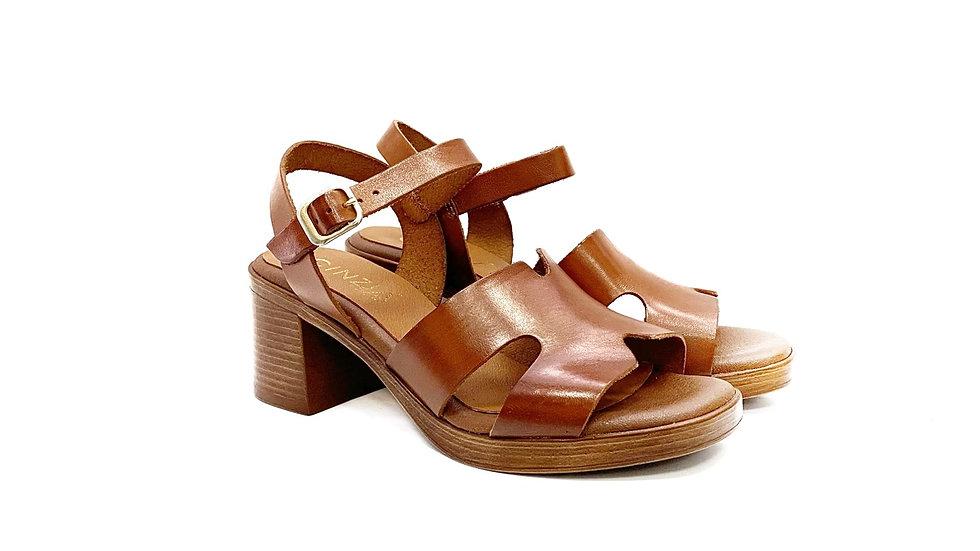 Patric- sandalo tacco
