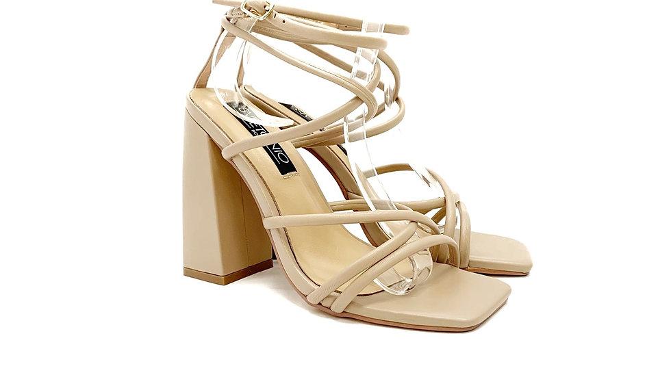 Stenovio-sandalo con tacco