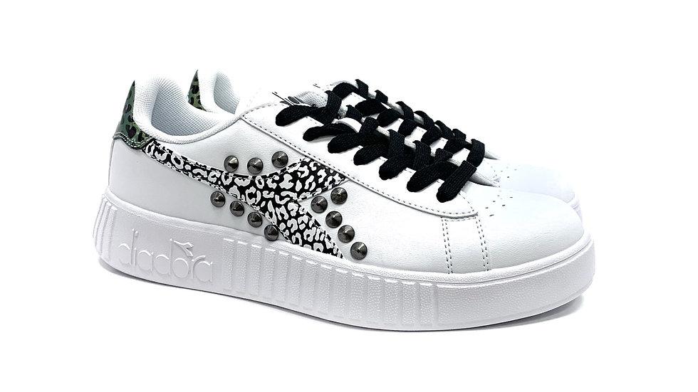 Sandy Borchia-Sneakers Diadora