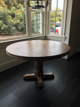 Oak DIning Table.jpg