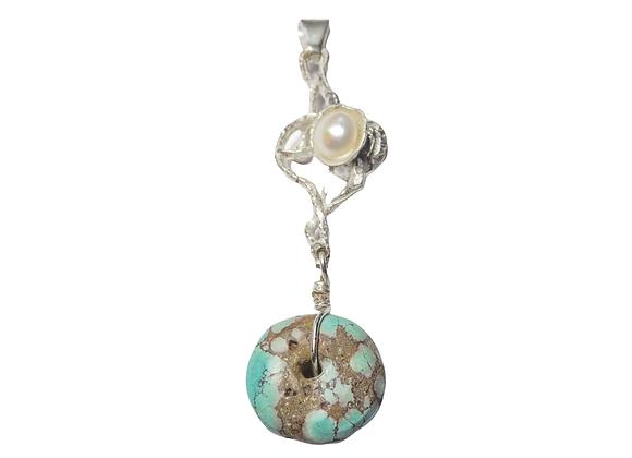 Ciondolo in argento con turchese e perla