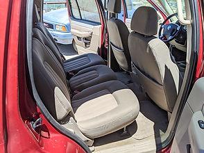 Mercury-Mountaineer-interior-r-rear.jpg