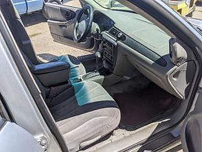 chevy-malibu-04-interior-pass.jpg
