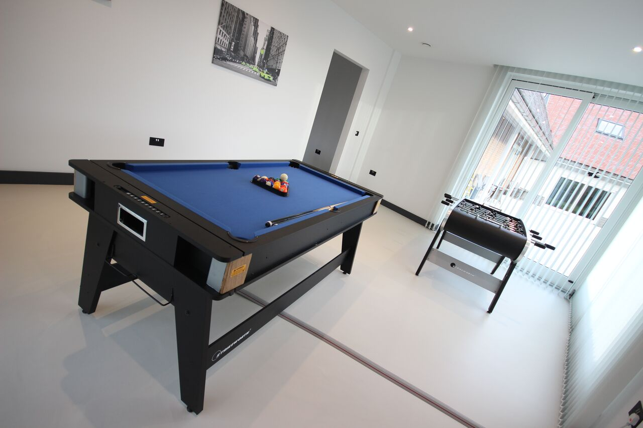 Sheldon Grange Games Room
