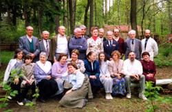 Виктор Вацлавович Вольский с коллегами на даче