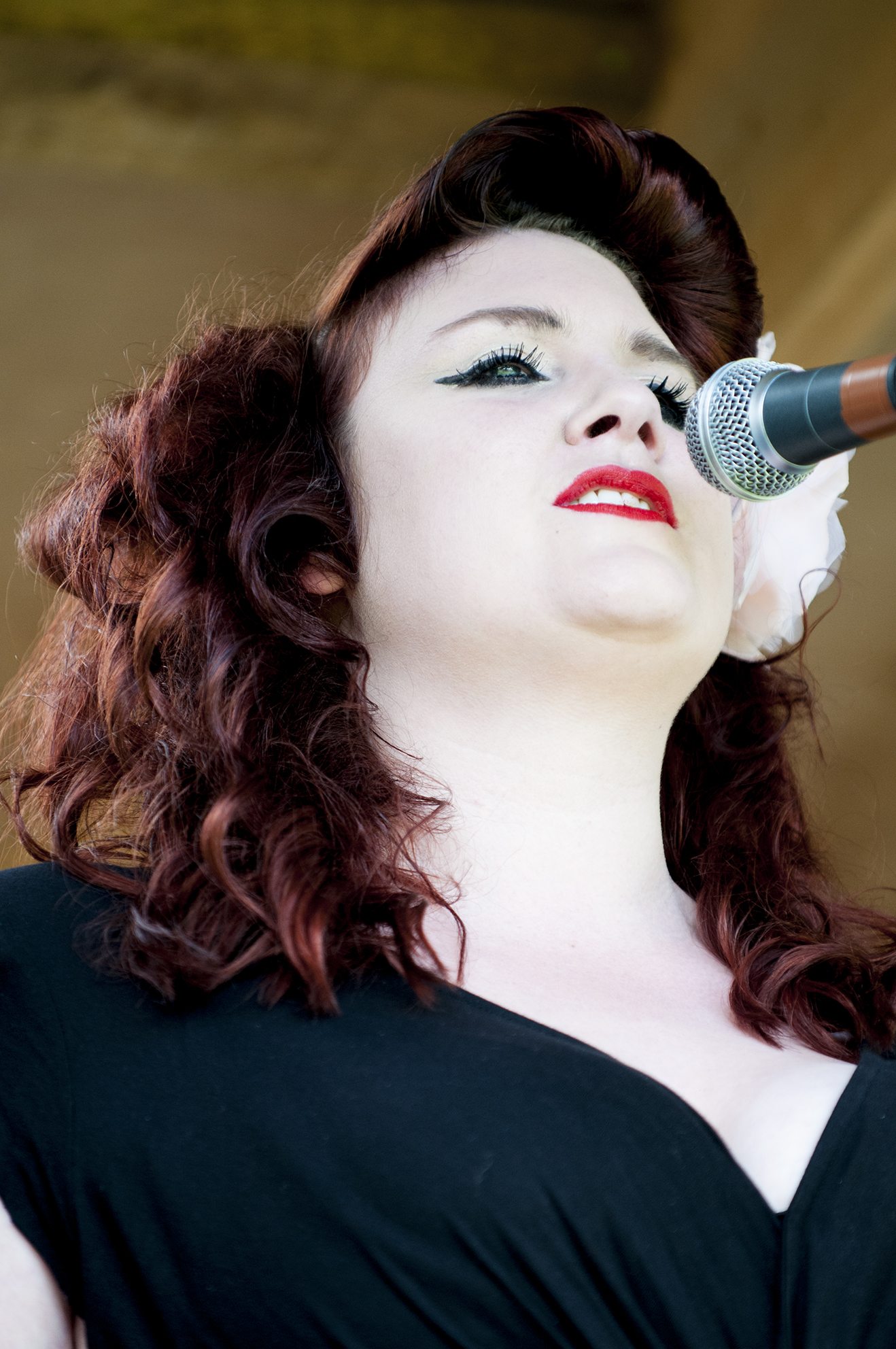 Helen Muggeridge - Vocals