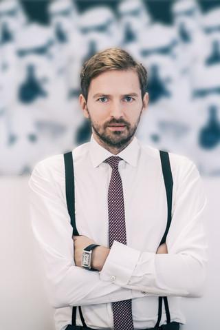 Business Portrait 1 - Nenad Ivic.jpg