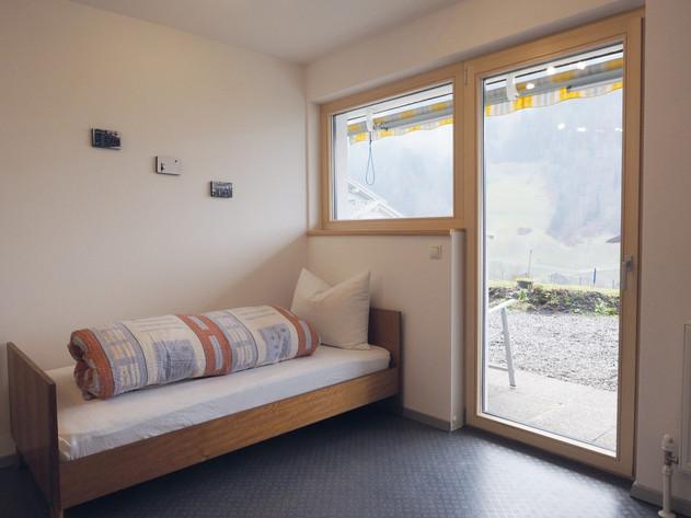 Schlafzimmer 2 Apartment Silbertal (Larg