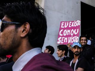 Trinta mil imigrantes que trabalham e contribuem estão em risco de expulsão