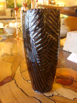 Black Small Palm Vase