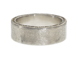 Men's Ring with Raw Cubes in Edge