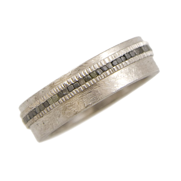 Men's Band with Offset Raw Diamonds