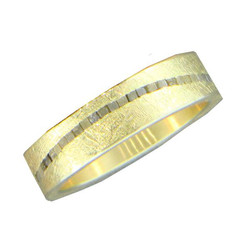 Men's Band with Raw Diamond Wave