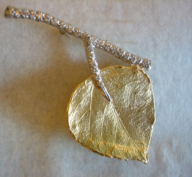 Aspen Brooch with Diamonds