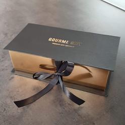 подарочная коробка с жесткой основой