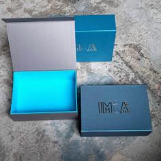 коробка с магнитным клапаном