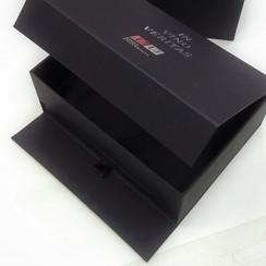 коробка шкатулка для набора деловых подарков