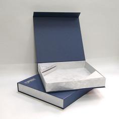 коробка шкатулка с магнитым клапаном