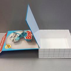 коробка с основой из переплетного картона