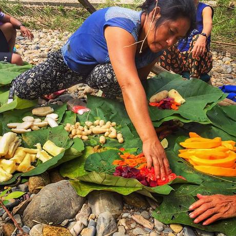Traditional Harakbut picnic