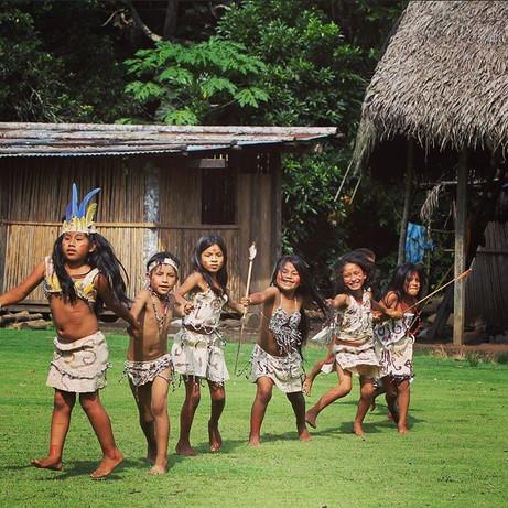 Children in the Queros community