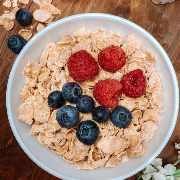 Corn Flakes with Berries
