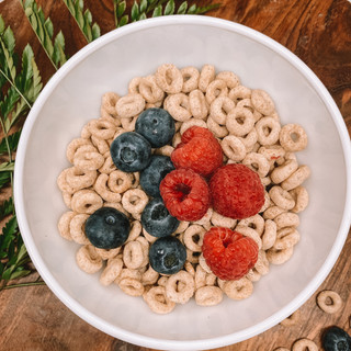 Whole Wheat Cheerios with Berries